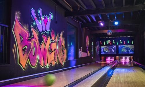 Bowlingbaan van Bleekemolens Race Planet in Amsterdam bij Jimmy's Speelparadijs.